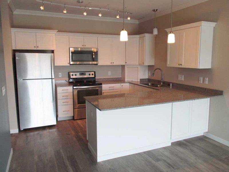 empty-white-kitchen